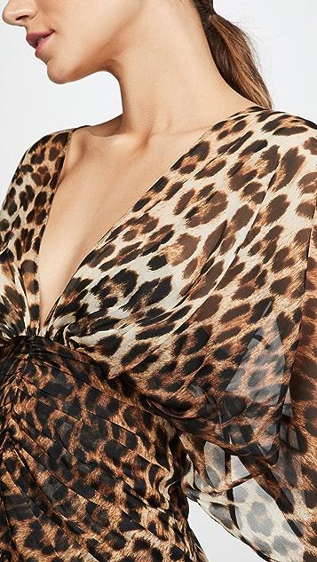 No. 21 Платье с V-образным вырезом и леопардовым принтом