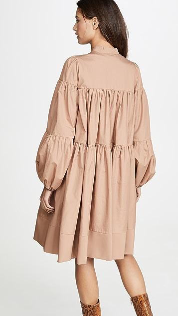 No. 21 Платье с завязками и длинными рукавами