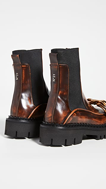 No. 21 Chain Detail Chelsea Boots