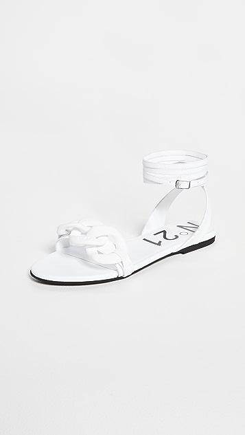 No. 21 Flat Sandals