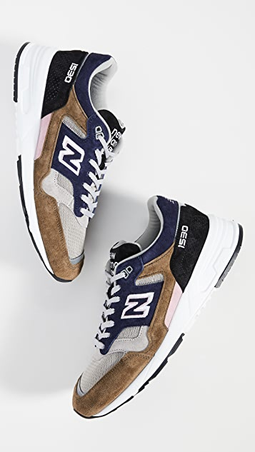 New Balance 1530 Sneakers