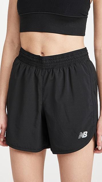 New Balance Accelerate 短裤