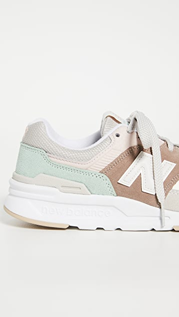 New Balance 997 Classic Sneakers
