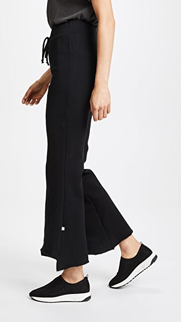 NYTT Taylor Uneven Hem Flared Pants