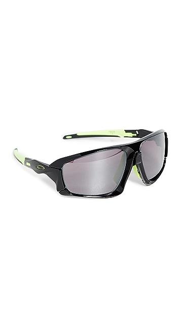 Oakley OO9402 Sunglasses
