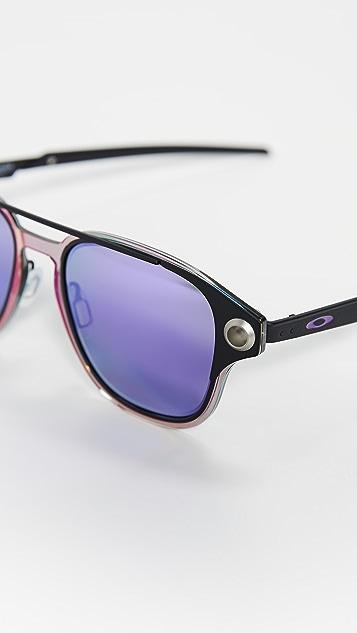 Oakley OO6042 Polarized Sunglasses