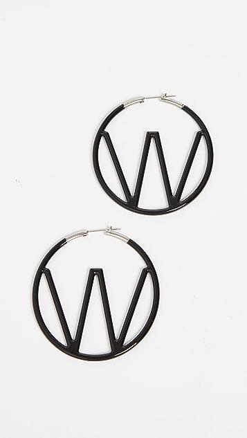 米白色 W 耳环