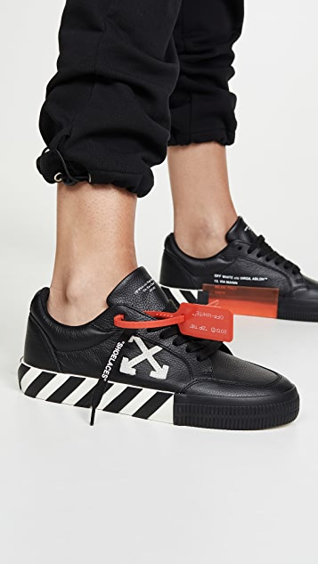 Off-White Arrow Low Vulcanized Sneakers