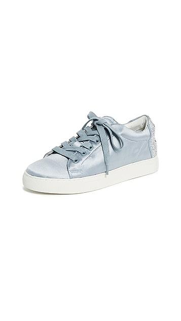 ONE by Lola Cruz Wink Sneakers