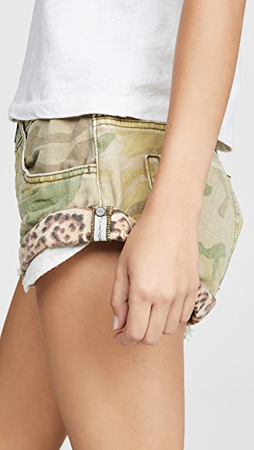 One Teaspoon Safari Camo Bandits Denim Shorts
