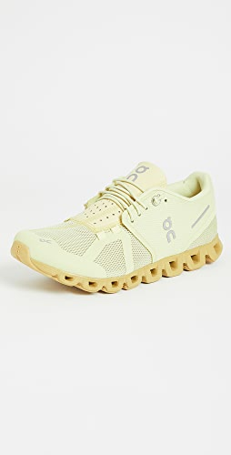 On - Cloud 单色运动鞋