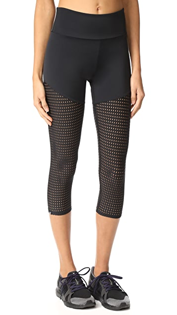 Onzie Mesh Capri Leggings - Black Mesh