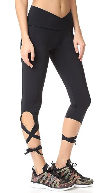 Onzie Ballerina Capri Leggings