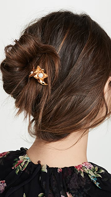 Oscar de la Renta Pearl Flower Hair Pin