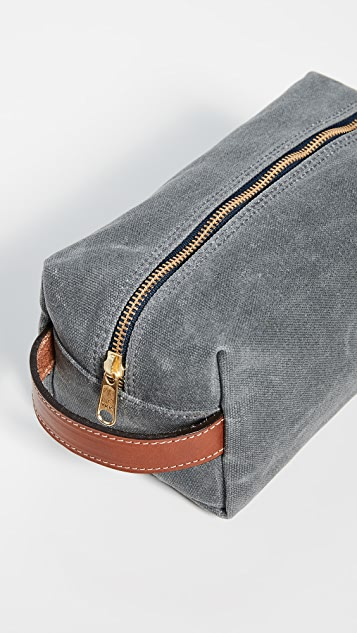 Boarding Pass Jetset Dopp Kit