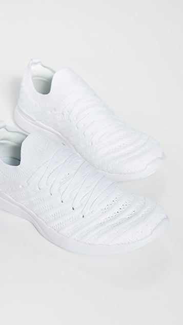 APL: Athletic Propulsion Labs Techloom Wave 运动鞋
