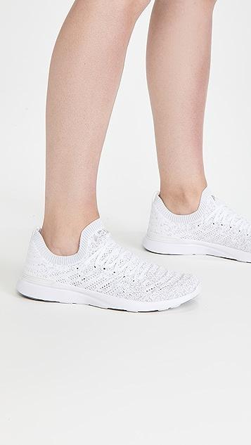 APL: Athletic Propulsion Labs Techloom Wave 运动鞋