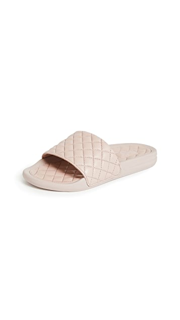 APL: Athletic Propulsion Labs Lusso 便鞋