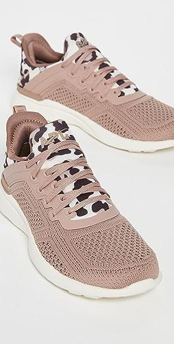 APL: Athletic Propulsion Labs - Techloom Tracer 运动鞋