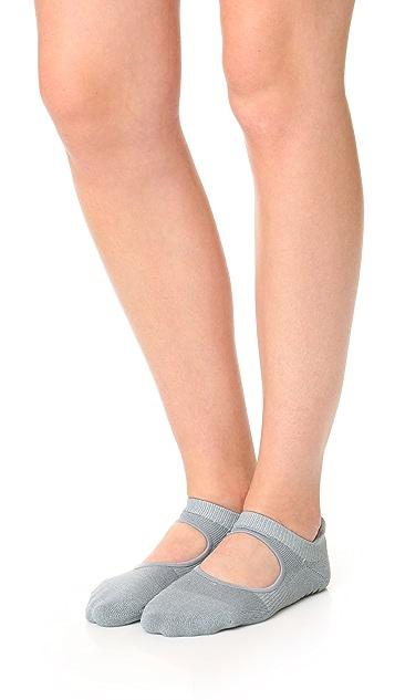 Pointe Studio Josie Athletic Grip Studio Socks