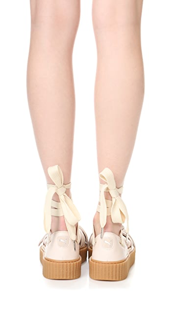 timeless design 21063 62bfd FENTY x PUMA Bow Creeper Sandals