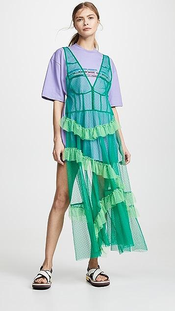 pushBUTTON Платье-футболка с оборками из тюля с накладным элементом в стиле фартука