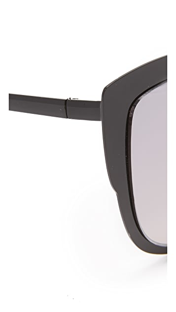 Quay Supergirl Sunglasses