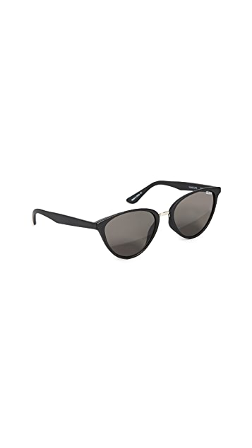 Quay Rumors Sunglasses