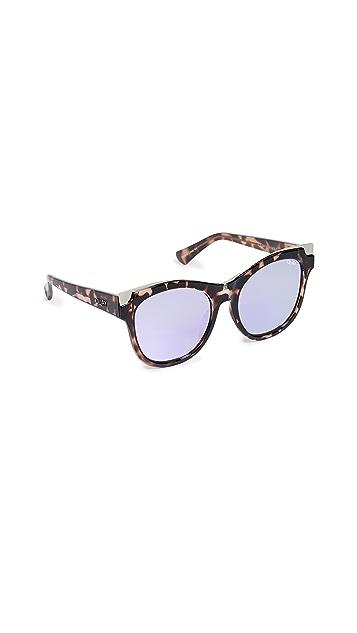 Quay It's My Way Gold Sunglasses