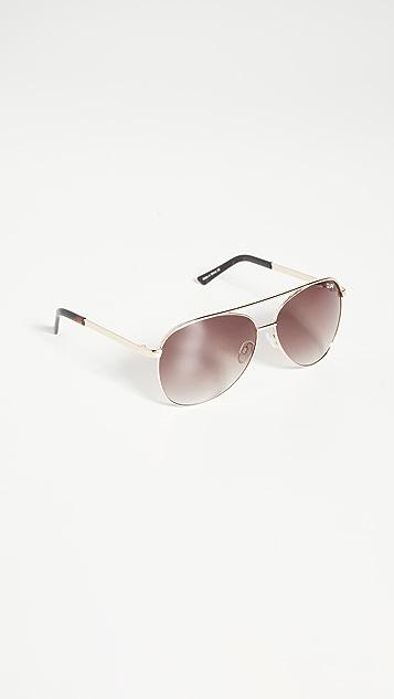 Quay Солнцезащитные очки Vivienne