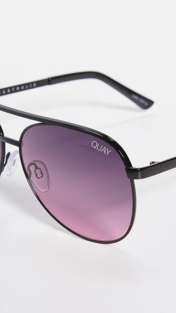 Quay Vivienne Mini Sunglasses