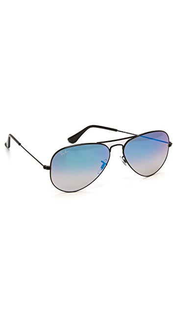 Ray-Ban Aviator Sunglasses with Flash Lens