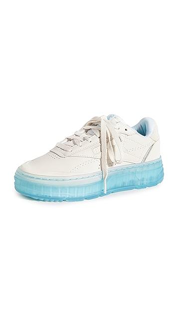 Reebok 锐步 x Madwomen Club C Double 运动鞋