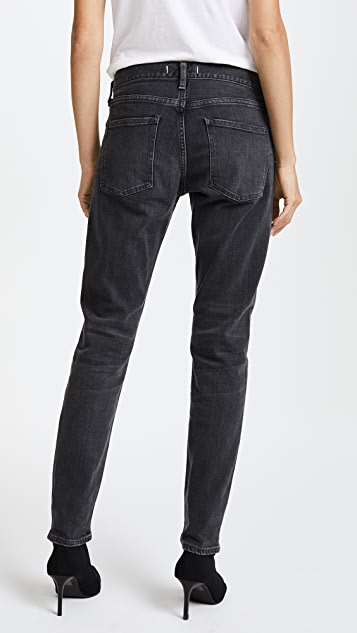 RED CARD Easy Tapered Jeans