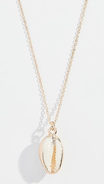 Reliquia Seashell Pendant Necklace