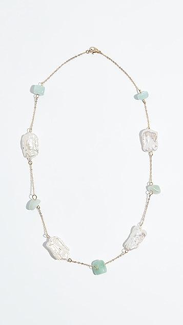 Reliquia Fantasy Necklace