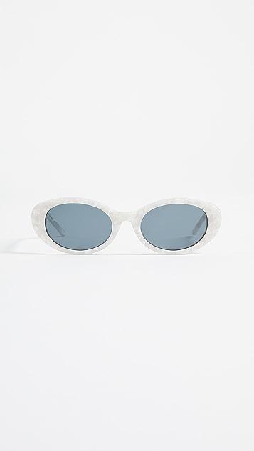 Roberi & Fraud Betty Sunglasses