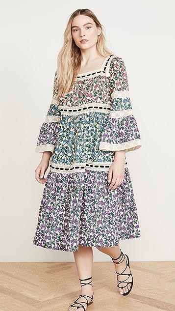 Runway Marc Jacobs Многоуровневое платье в деревенском стиле с расклешенными рукавами