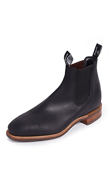 R.M. Williams Comfort RM Distressed Leather Chelsea Boots