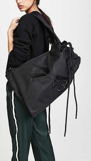 Reebok x Victoria Beckham Спортивная сумка Reebok Victoria Beckham