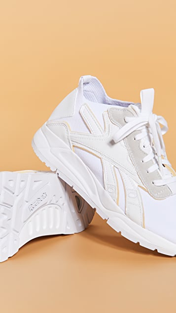 Reebok x Victoria Beckham VB Low Bolton 袜式运动鞋