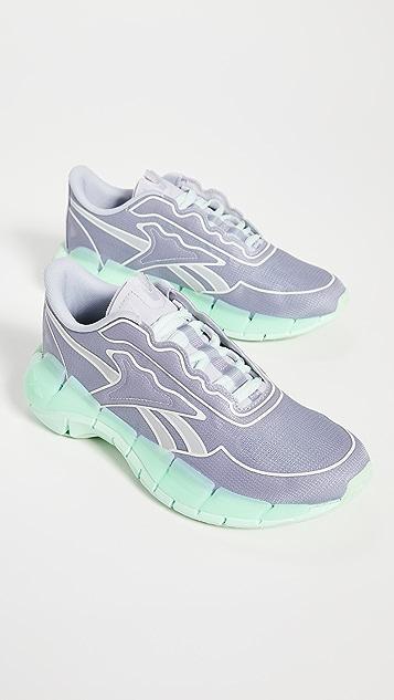 Reebok x Victoria Beckham VB Zig Kinetica Sneakers