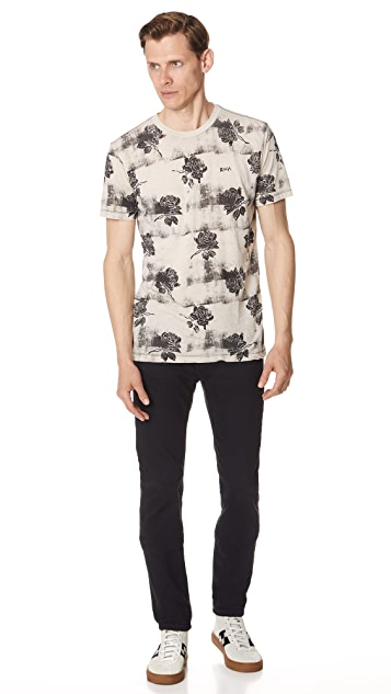RVCA Oblover Roses Short Sleeve Tee