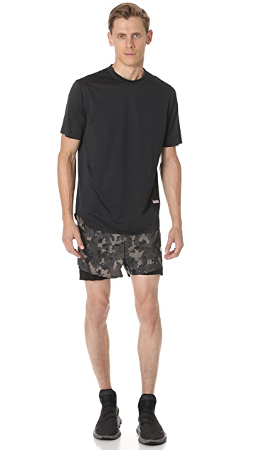 Satisfy Short Distance 3 Shorts