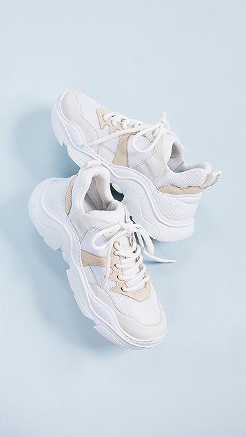 Schutz 系带运动鞋