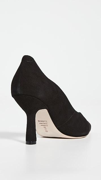 Schutz Kitty 浅口高跟鞋