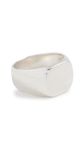 Scosha Guardian Signet Ring