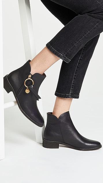 5d2d01ac54 Louise Flat Signature Boots