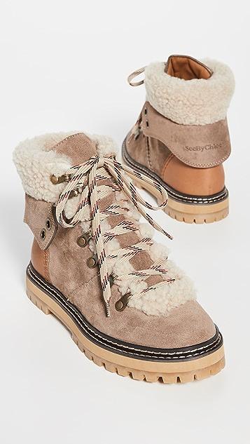 See by Chloé Eileen 连毛羊皮平底登山靴