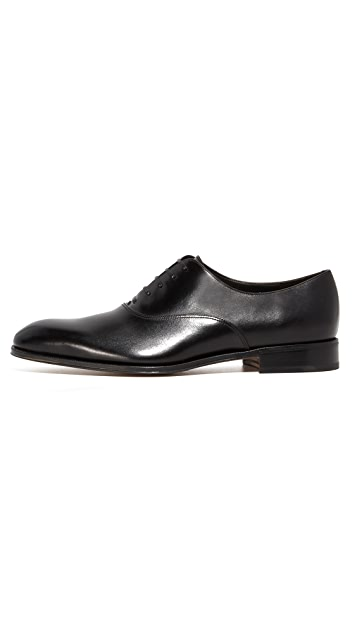 Salvatore Ferragamo Fedele Plain Toe Lace Up Shoes